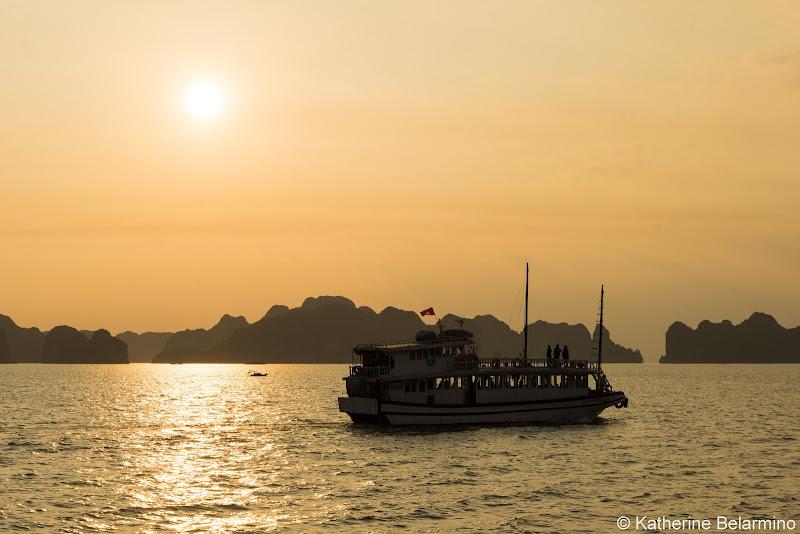Hanoi Side-Trip to Ha Long Bay in 24 Hours Sunset
