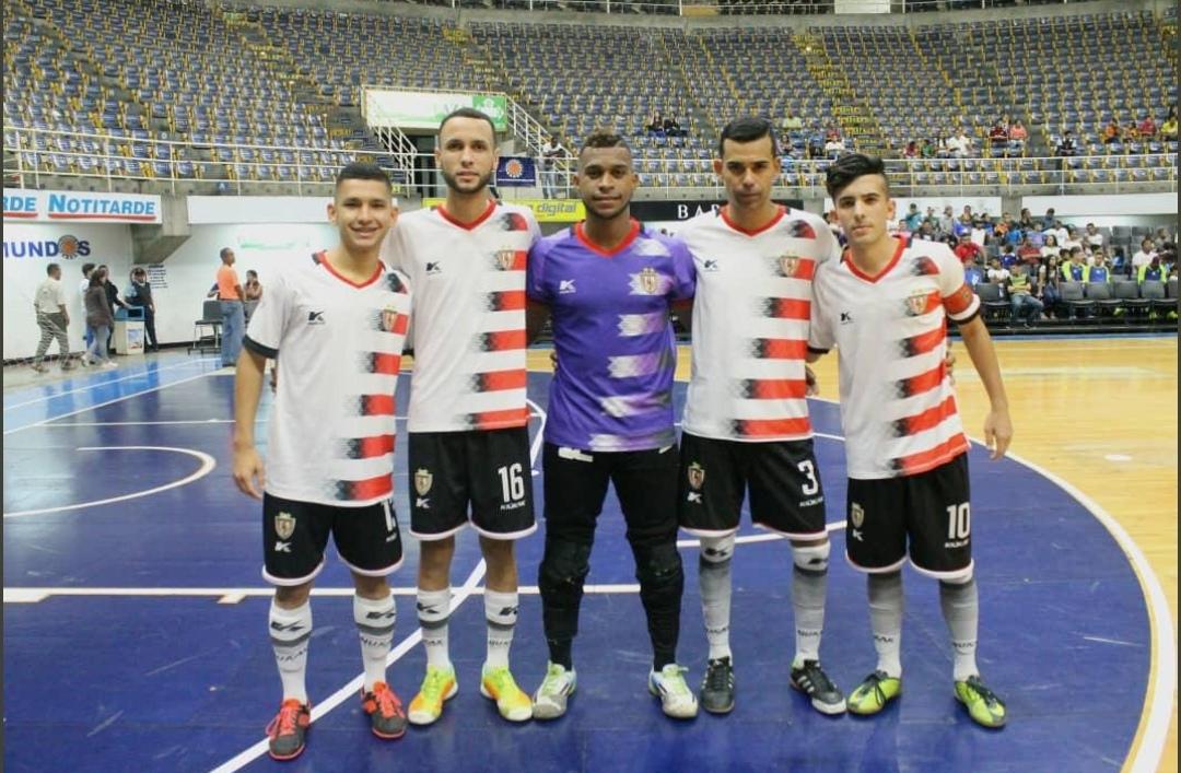... ello fue la contundencia con la que dejaron fuera a DEPORTIVO TÁCHIRA  FC y TROTAMUNDOS FS c8e909e7aa058