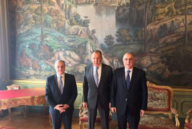 Cancilleres de Armenia y Azerbaiyán se reúnen en Rusia