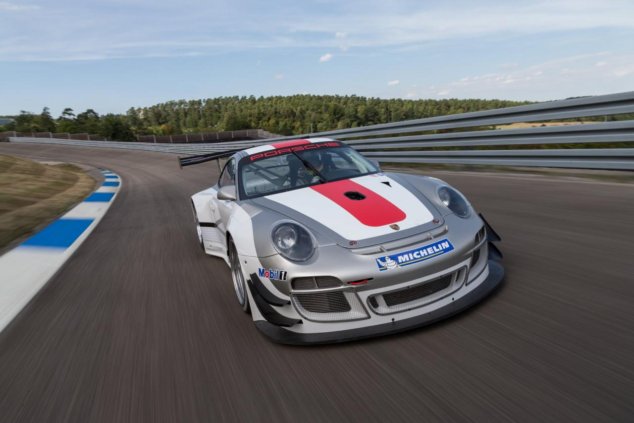 [Resim: Porsche+911+GT3+R+1.jpg]
