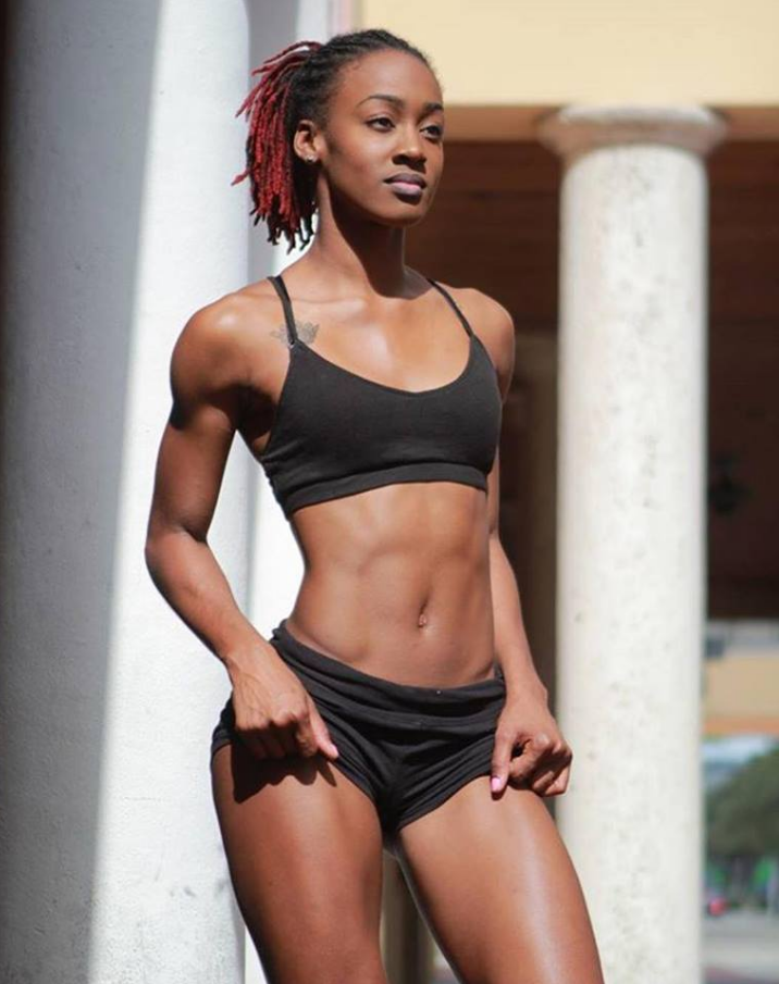 black-girl-naked-with-abs