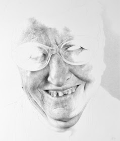03-Antonio-Finelli-The-Passage-of-time-recorded-in-Pencil-Drawing-Portraits-www-designstack-co