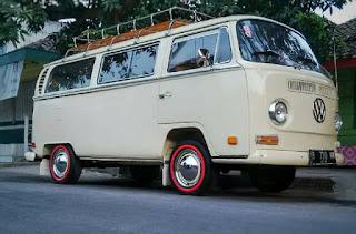 LAPAK VW KLASIK : Jual VW Kombi Kumis Tahun 70 - PEMALANG