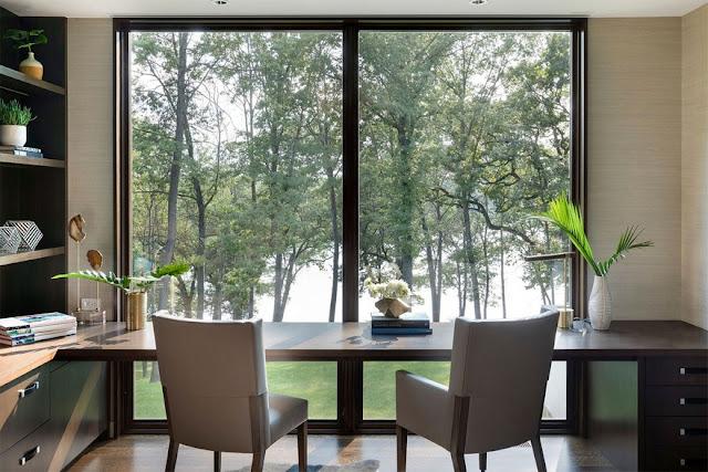 Phòng đọc sách yên tĩnh ngắm không gian xanh mát ven đồi