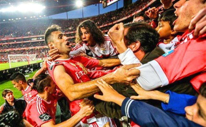 Benfica Adeptos Jonas