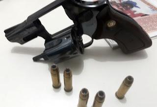 Polícia Militar apreende arma de fogo