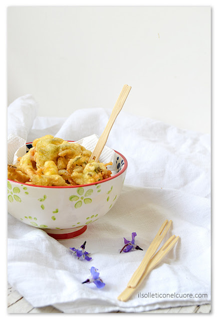 fiori-di-borragine-in-pastella-frittelle