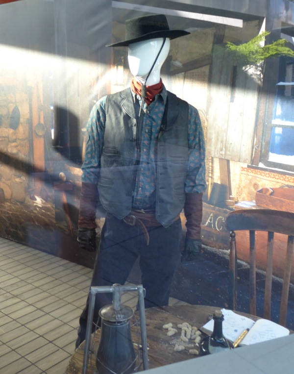 Michael Madsen Hateful Eight Joe Gage movie costume