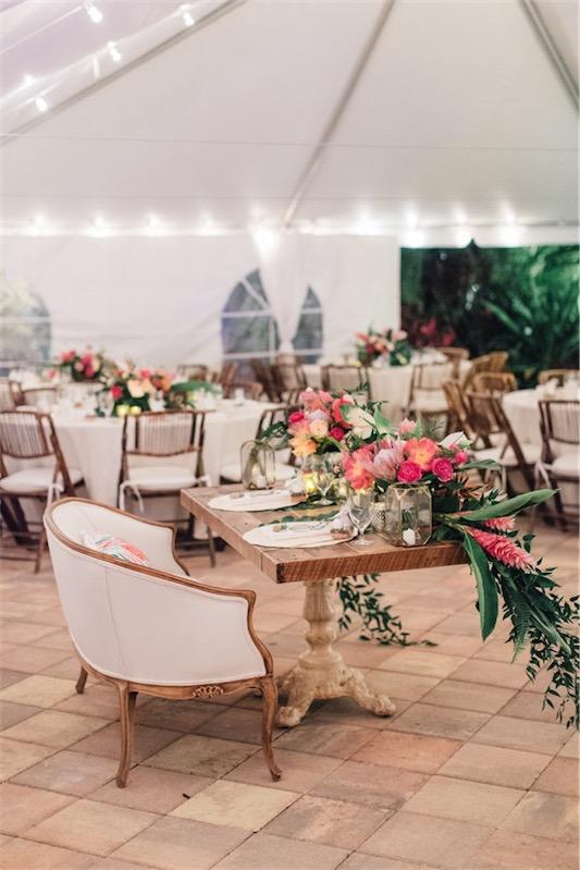 mesa nupcial de estilo romantico chicanddeco