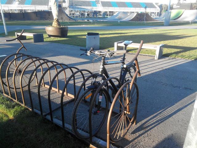 Неудачная велопарковка в Олимпийском парке Сочи