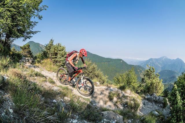 Trail am Meer MTB - Pointe des Trois Communes Mountainbike Tour Italien - Col de Turini