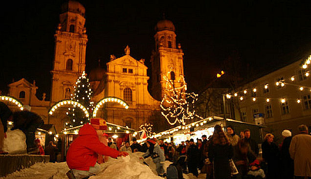 The Passau Christmas market is home to the oldest gingerbread recipe in Germany. Photo: Courtesy of German Christmas Market.Org.UK. Unauthorized use is prohibited.