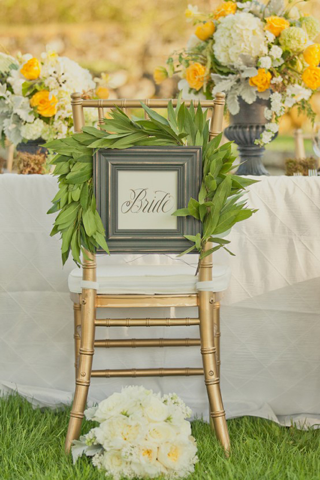 Wedding chairs decoration ideas belle the magazine for Wedding day decorations