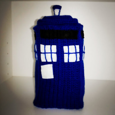 tardis-doctor-who-amigurumi
