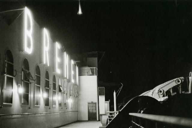 ss ts Bremen enlighted by night