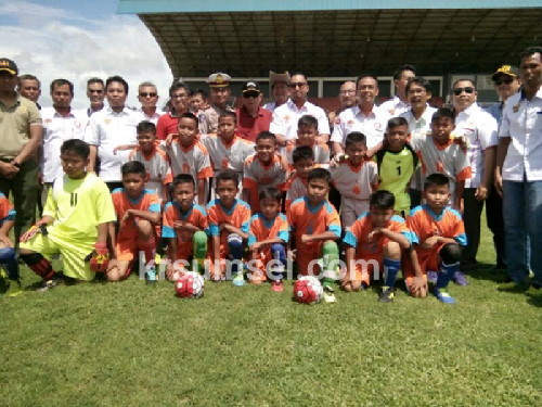 Bupati Muara Enim Buka Festival Sepak Bola U12