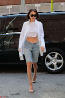 Bella Hadid in 3 4th Jeans In New York ~  Exclusive 010.jpg