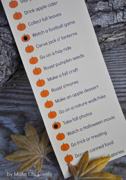 Fall activites bucket list punch card.  Free printable!