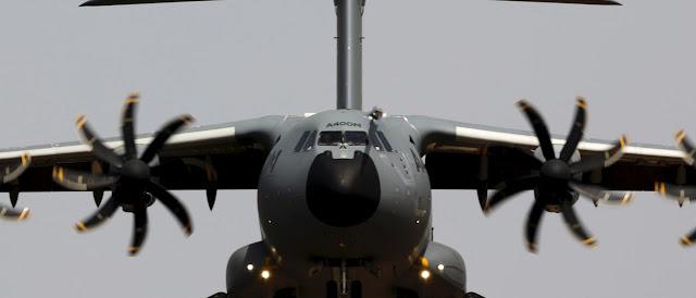 Morreram sete pessoas na queda de dois aviões militares