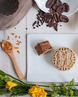 Source: Goodwood Park Hotel. The Dark Chocolate Crunchy Hazelnut Snowskin Mooncake is available in limited quantities.
