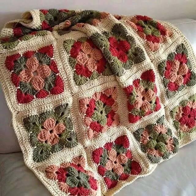 Hobby lavori femminili ricamo uncinetto maglia - Piastrelle uncinetto pinterest ...