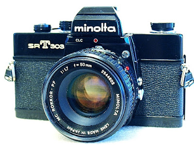 Minolta SRT-303, Front right