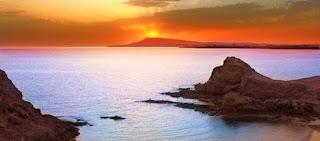Pour votre voyage Lanzarote, comparez et trouvez un hôtel au meilleur prix.  Le Comparateur d'hôtel regroupe tous les hotels Lanzarote et vous présente une vue synthétique de l'ensemble des chambres d'hotels disponibles. Pensez à utiliser les filtres disponibles pour la recherche de votre hébergement séjour Lanzarote sur Comparateur d'hôtel, cela vous permettra de connaitre instantanément la catégorie et les services de l'hôtel (internet, piscine, air conditionné, restaurant...)