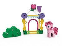 KNEX MLP Pinkie Pie Sweet Shop Building Set