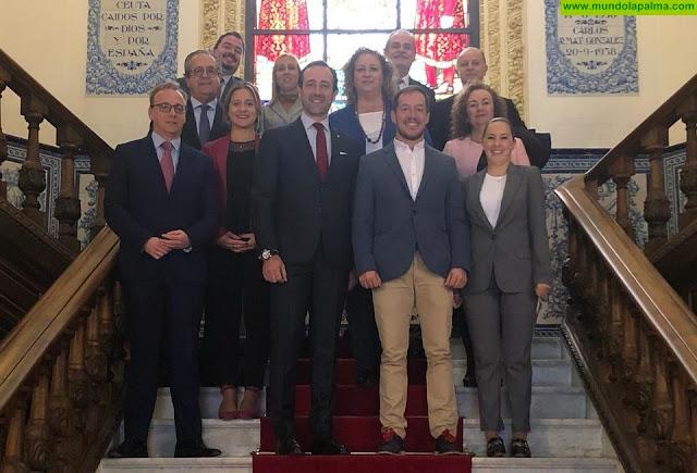 Zapata participa en la creación del Grupo de senadores Extrapenínsulares del Partido Popular