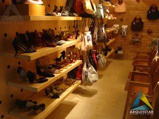 projeto arquitetura exposição calçados loja feminina via mia