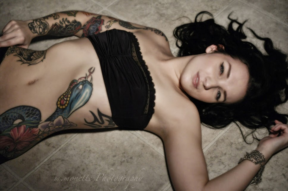 Alectro Suicide | Alternative Model | Sexy Tattooed Girls