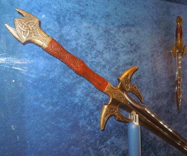 Heimdall long sword hilt Thor Dark World