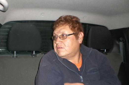 Interior de auto en Xonacatlán, cabello rojo