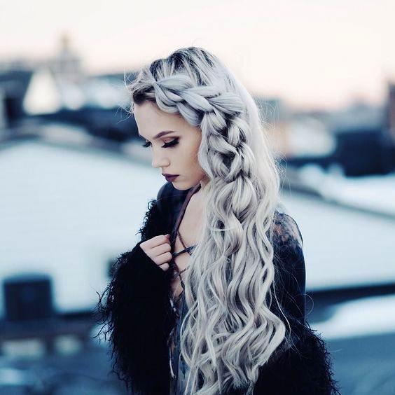 Model Rambut Messy Braid yang indah dan cantik