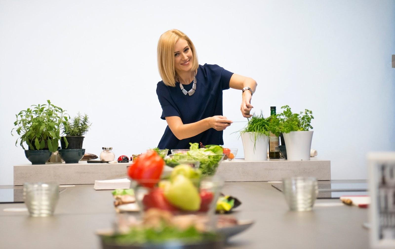 Gateste in echipa la Food Team Building by Gabriela Simion