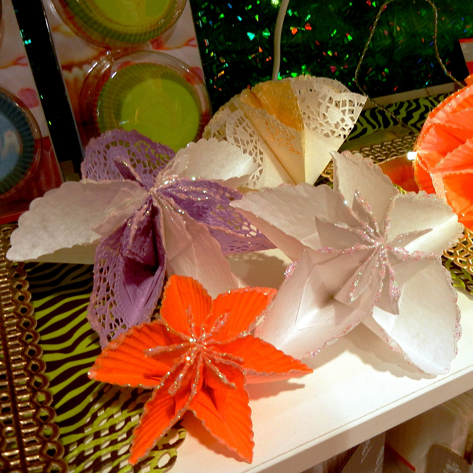 Origami Nut Simple Kusudama Capadia Designs Balls Thanks Everyone Made From Cupcake Papers And Doilys
