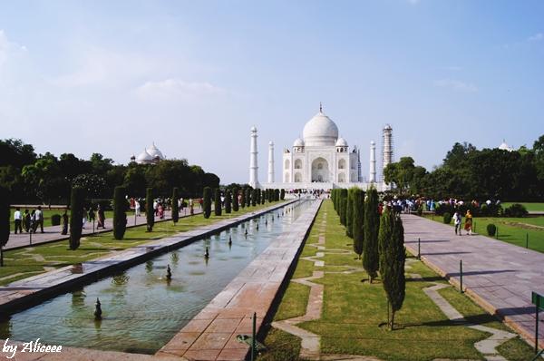 Taj-Mahal-India-poza-obiectiv-turistic