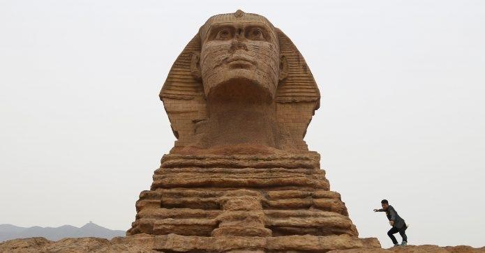 Αίγυπτος: Στα ίχνη μιας δεύτερης σφίγγας οι αρχαιολόγοι