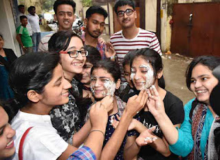 cbse-12th-result-out-and-girls-are-top