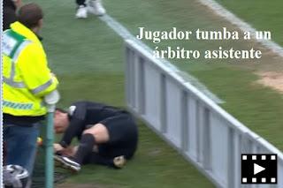 arbitros-futbol-jugador-tumba