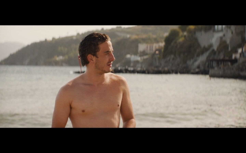 EvilTwin's Male Film & TV Screencaps 2: Holding the Man ...