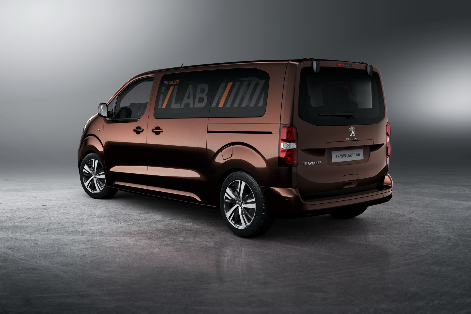 Vwvortex com toyota psa expand their partnership with the new toyota proace citro n spacetourer and peugeot traveller vans