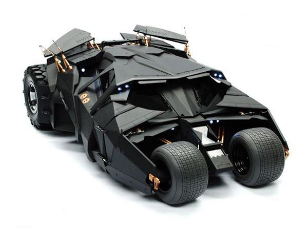 http://3.bp.blogspot.com/-DdZxVq2jGYY/UCFAZb-MI_I/AAAAAAAABU0/CCqcieyIh4o/s1600/dark-knight-batmobile-main-image.jpg