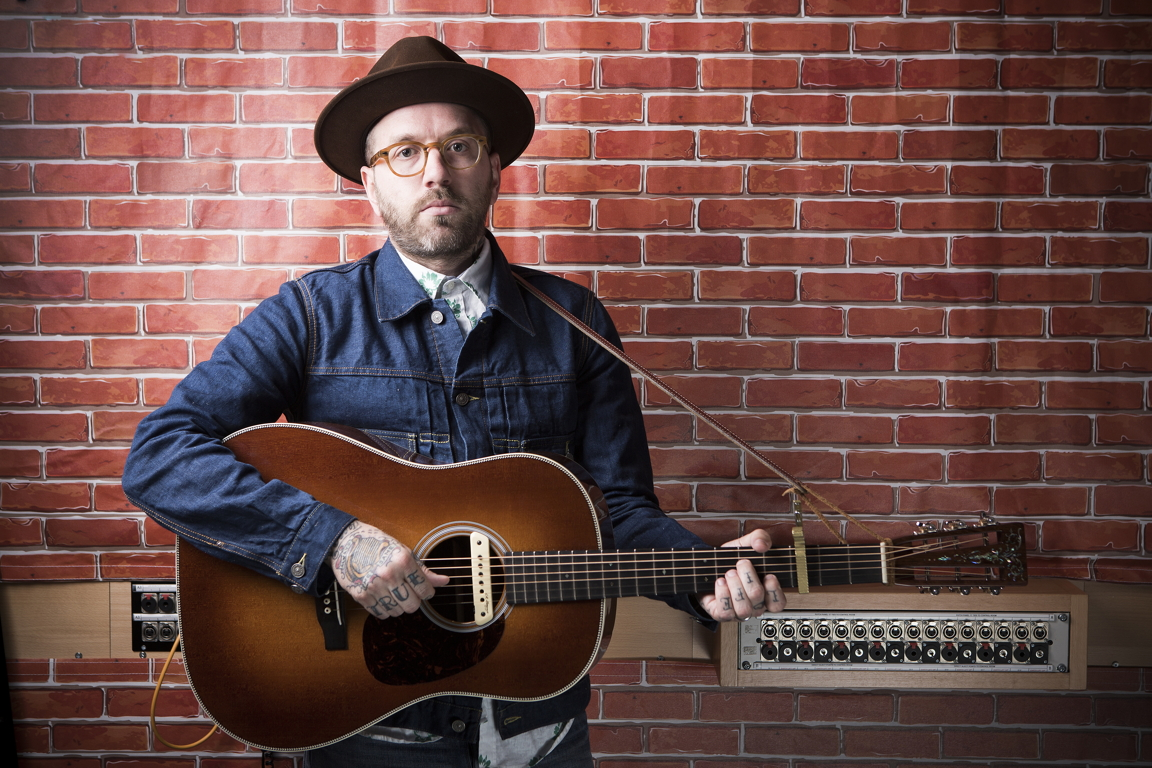 one to watch city and colour release video for new single 39 lover come back 39 2016 uk february. Black Bedroom Furniture Sets. Home Design Ideas