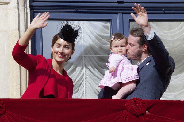Príncipe Félix e Princesa Claire e Família 36493-277BtuWFO_r5RJfWUmbF7w