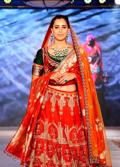 Models at the Anju Modi show for Archana Astitwa Awards
