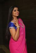 syamala sizzling saree stills-thumbnail-5