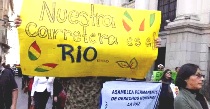 Activistas en las ciudades vuelven a agruparse en torno a la causa de los indígenas de tierras bajas