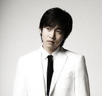 Biodata Yoon Kye-Sang pemeran Seo Joong Won