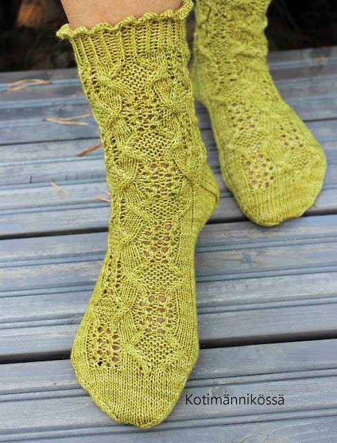 tour-de-sock 2018 stage 5 scalloped cast-on